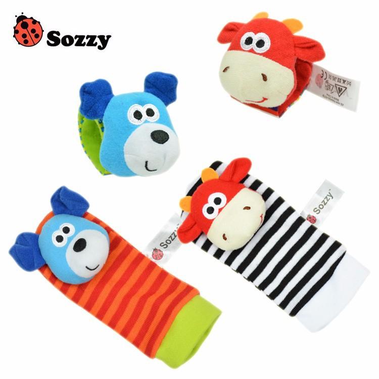 baby-sokken-rammelaars-armband_4